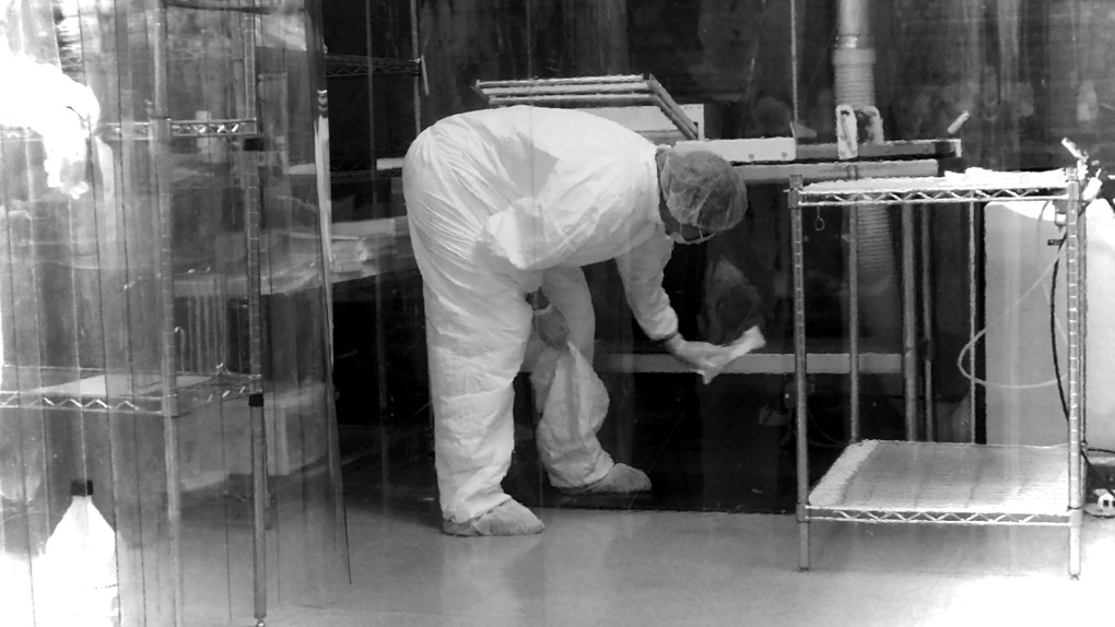 columbia-cleanroom-in-portland-or-cleanroom-pic-4